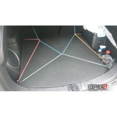 Коврик в багажник EVA ячеистый Mitsubishi Outlander PHEV 2012-  правый руль
