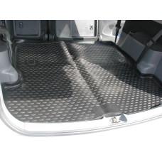 Коврик в багажник TOYOTA Ipsum 21/26, 2001– 2007, черный (полиуретан)
