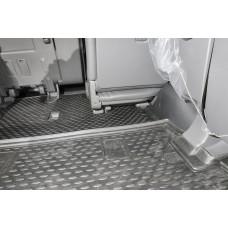 Коврик в багажник TOYOTA Land Cruiser 200 11/2007-2012, 2012->, внед., 7 мест. (полиуретан)