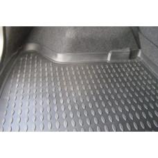 Коврик в багажник Toyota Blade 2006-2013 (полиуретан, с бортиком)